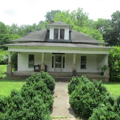 Hampshire Single Family Home For Sale: 4155 Hampshire Pike