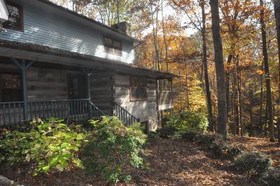 Lawrenceburg Single Family Home For Sale: 100 Oak Forks Drive
