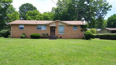 Nashville Single Family Home Under Contract - Showing: 3802 Crouch Dr.