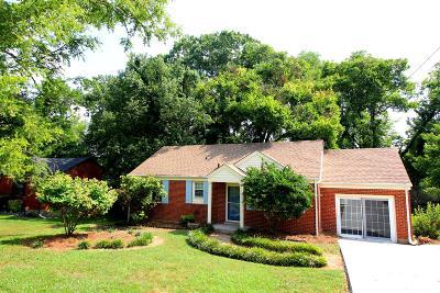 Nashville Single Family Home For Sale: 2321 Fernwood Dr