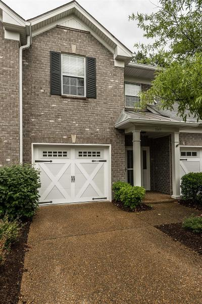 Franklin Condo/Townhouse Under Contract - Showing: 1849 Brentwood Pointe