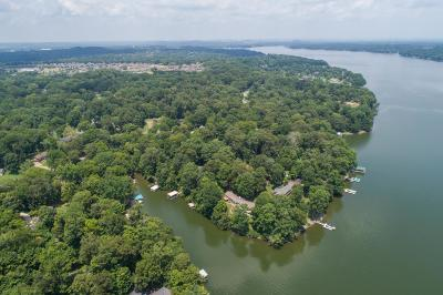 Sumner County Single Family Home For Sale: 562 Indian Lake Rd