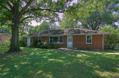 Nashville Single Family Home For Sale: 4927 Buena Vista Pike