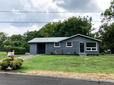 Nashville Single Family Home For Sale: 3226 Moorewood Dr