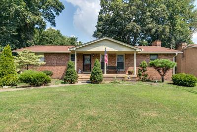 Davidson County Single Family Home For Sale: 2618 Timberland Drive