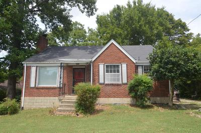 Davidson County Single Family Home For Sale: 1905 Avalon Dr