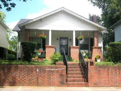Davidson County Single Family Home For Sale: 903 Chicamauga Ave