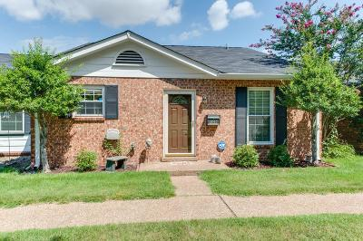 Nashville Condo/Townhouse Under Contract - Showing: 5600 Country Dr Apt 109 #109