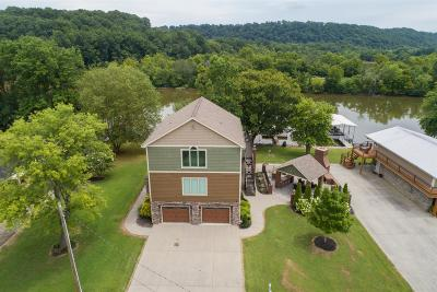 Chapmansboro Single Family Home For Sale: 1461 Chapmansboro Rd