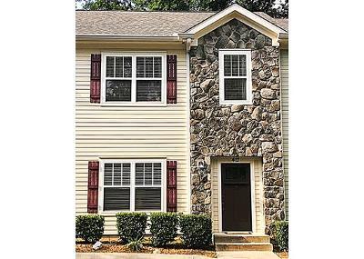 Franklin Condo/Townhouse For Sale: 412 Alicia Dr