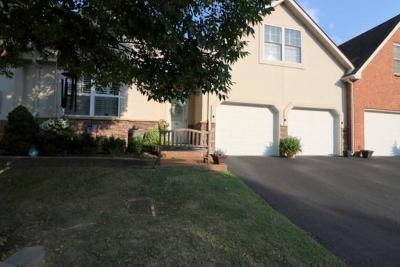 Nashville Condo/Townhouse For Sale: 2521 Pennington Bend Rd Apt 126 #126