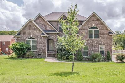 Lavergne Single Family Home For Sale: 8044 Burntwood Dr