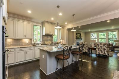 Nashville Single Family Home For Sale: 138 Haverford Dr
