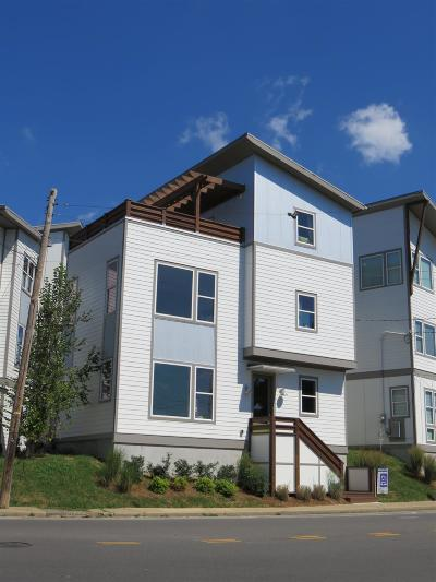 Nashville Single Family Home For Sale: 700 Porter Rd
