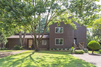 Nashville Single Family Home For Sale: 545 Doral Country Dr