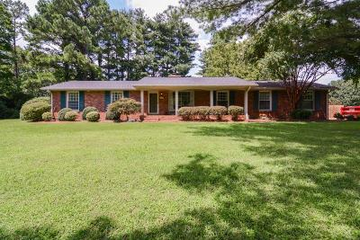 Nashville Single Family Home For Sale: 5437 Wakefield Dr
