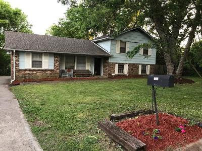 Antioch Single Family Home For Sale: 541 Roxanne Dr