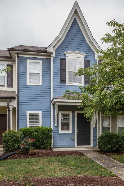 Spring Hill Condo/Townhouse For Sale: 2015 Hemlock Dr