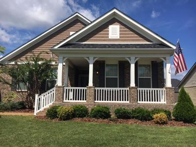 Spring Hill Single Family Home Under Contract - Showing: 2057 Morton Dr