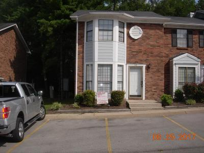 Nashville Condo/Townhouse Under Contract - Showing: 410 Claircrest Dr #57