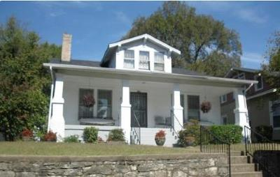 Single Family Home For Sale: 922 Lawrence Ave