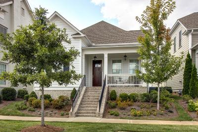 Franklin Single Family Home Under Contract - Showing: 1009 Rural Plains Cir