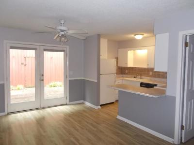 Davidson County Condo/Townhouse Under Contract - Showing: 110 Bellevue Rd Unit 30 #30