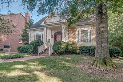 Davidson County Single Family Home For Sale: 14 Foxhall Close
