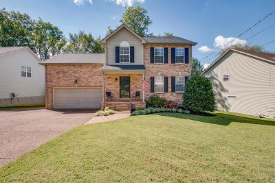 Old Hickory Single Family Home Under Contract - Showing: 3705 Portsmouth Court