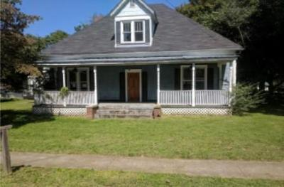 Portland Single Family Home For Sale: 200 Wheeler St