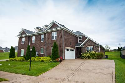Davidson County Condo/Townhouse Under Contract - Showing: 1008 Larkwood Dr