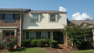 Nashville Condo/Townhouse For Sale: 8207 Sawyer Brown Rd Apt E2 #E2