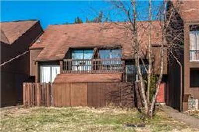 Davidson County Condo/Townhouse For Sale: 20 Sycamore Ct
