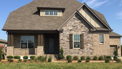 Gallatin Single Family Home Under Contract - Showing: 948 Vinings Blvd #1439