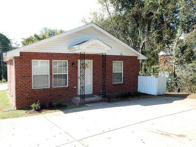 Davidson County Multi Family Home For Sale: 1208 Coreland Dr