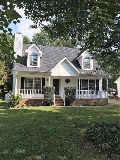White House Single Family Home Under Contract - Showing: 305 Oakdale Dr