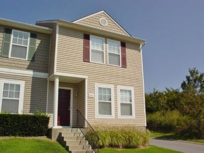 Antioch Condo/Townhouse Under Contract - Showing: 5963 Monroe Xing #5963