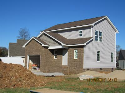 Wilson County Single Family Home For Sale: 101 Canyon Creek Dr