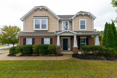 Mount Juliet Single Family Home Under Contract - Showing: 1000 Stafford Dr