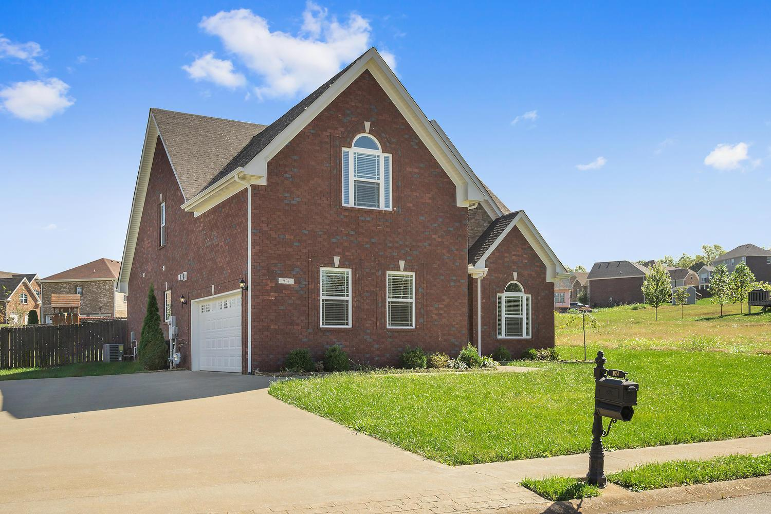974 Terraceside Cir Clarksville, TN  | MLS# 1872238 | Lisa