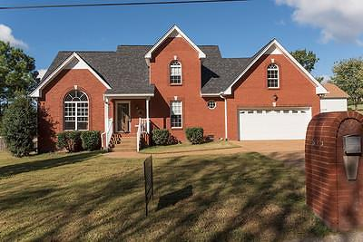 Goodlettsville Single Family Home Under Contract - Showing: 1513 Birdwell Dr