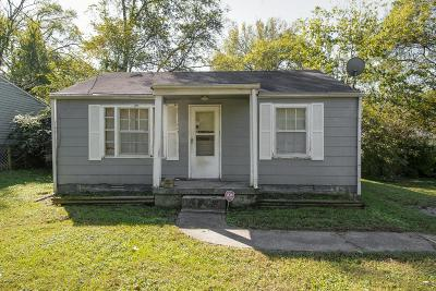 Davidson County Single Family Home For Sale: 332 Duke St