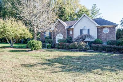 Single Family Home Sold: 713 Kelly Cir