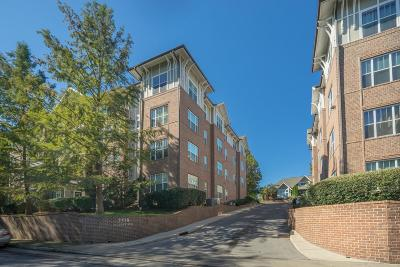Condo/Townhouse Under Contract - Showing: 2310 Elliott Ave Apt 823