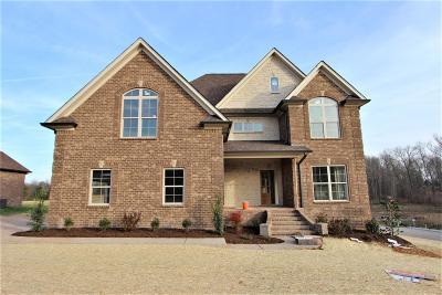Lebanon Single Family Home For Sale: 118 Brixton Ridge #24