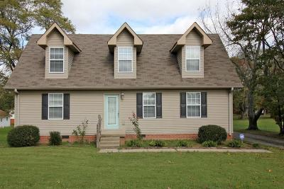 White House Single Family Home For Sale: 207 Elementary Dr