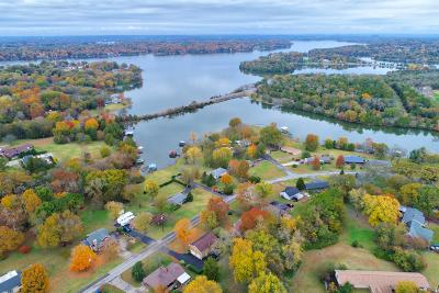 Old Hickory Single Family Home For Sale: 364 Lakeshore Dr.