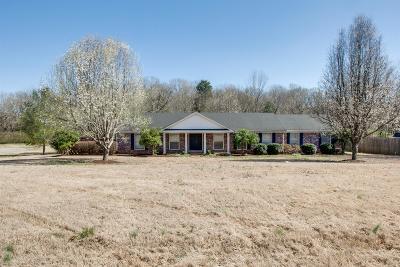 Franklin Single Family Home For Sale: 2256 Hillsboro Rd