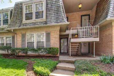 Nashville Condo/Townhouse For Sale: 3000 Hillsboro Pike #52