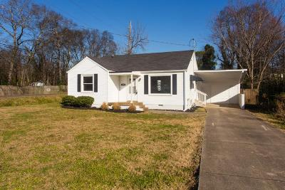 East Nashville Single Family Home Under Contract - Showing: 1001 Virginia Ave